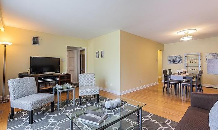 livingroomdiningroom1_700