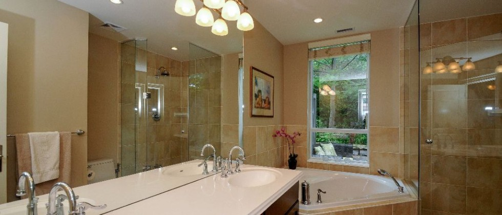 15_greenview_ave_unit_276_MLS_HID1027637_ROOMbathroom
