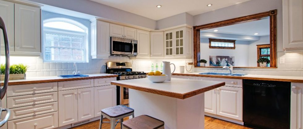 28 Squires Ave Toronto ON M4B-print-018-15-Kitchen-4200x2801-300dpi